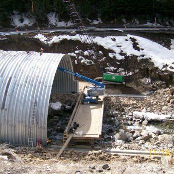 Highway Bridge Installation – Arch - New Bridge Construction